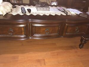 Coffee table& 2 end tables