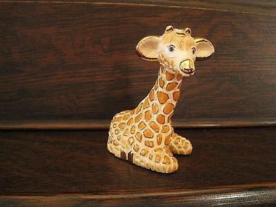 DeRosa Rinconada w/Gold & Platinum Baby Giraffe Figurine #1711 Retired