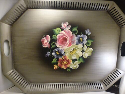 LARGE VINTAGE HAND PAINTED TOLEWARE FLORAL METAL SERVING TRAY