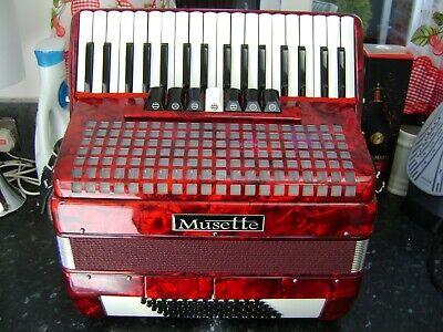 MUSETTE 111 72 BASS PIANO ACCORDION EX DEMO MODEL