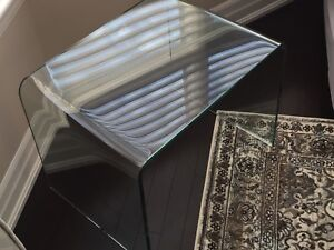 Amazing Tempered Glass End Table!