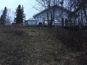 Two bedroom lakefront cottage for rent near Kenora, ON
