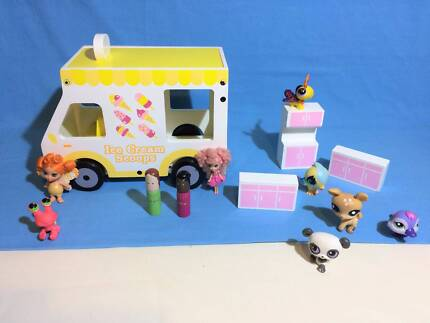 Wooden Toy Ice-cream Van by Seed and Accessories