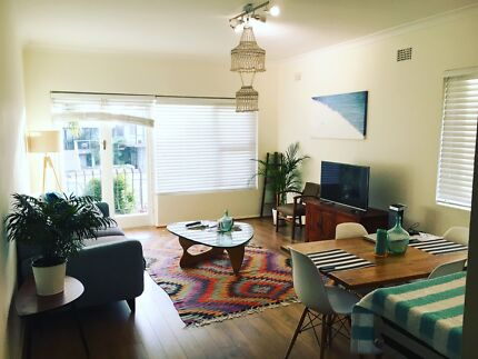 Great bright and sunny room in great flat