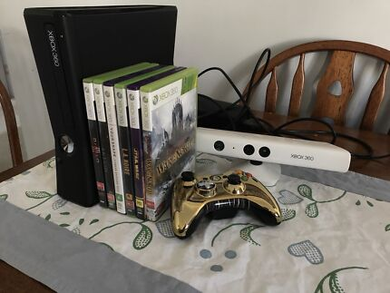 Xbox 360 with 6 games, Kinect and Limited Edition Star Wars Controller