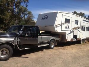 Fifth wheeler monster size caravan 31.5foot or use as granny flat Shelley Canning Area Preview