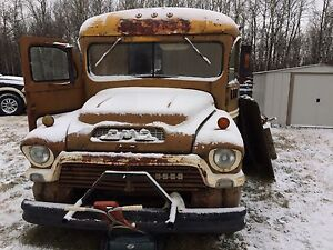 Looking for 1957 GMC/Chev  Bus
