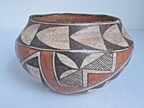 Antique Acoma Pueblo Pot c.1920