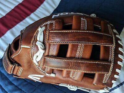 "Easton Core 12.25"" Fastpitch Softball Glove RHT ECGFP1225 New"