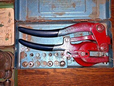 Whitney Jensen No. 5 Jr. Hand Punch