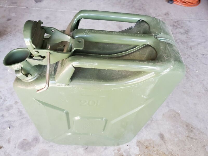 20L Jerry Can. Metal can with locking top.
