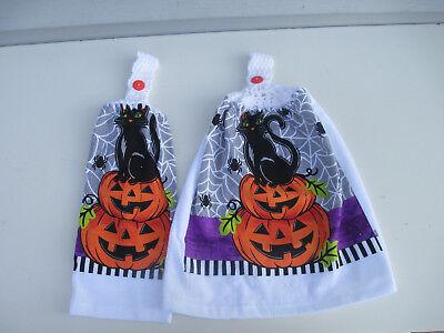 Halloween Dish Towels (2 Hanging Kitchen Dish Towels with Crochet Tops Halloween Pumpkin Cat)