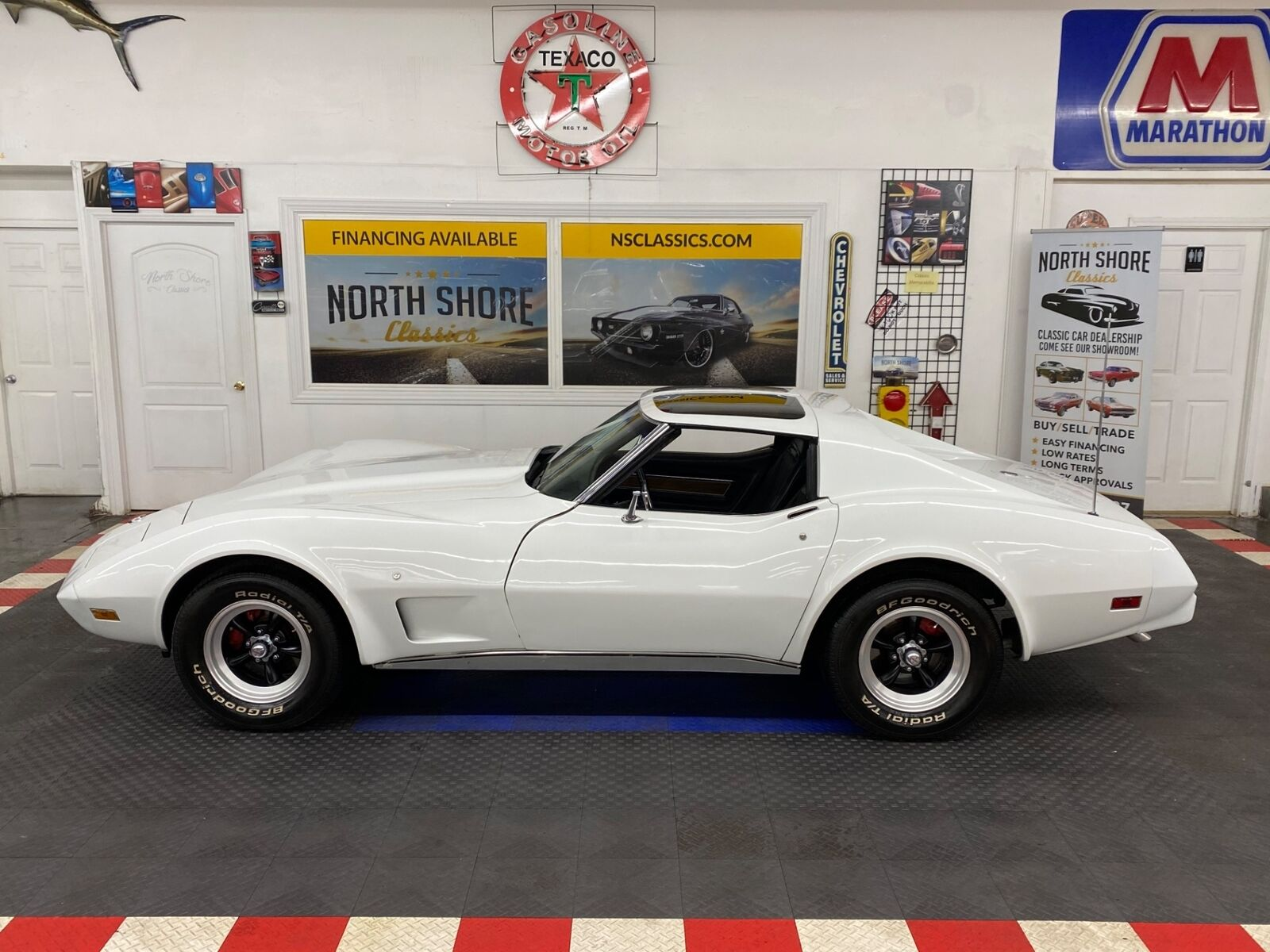 1975 White Chevrolet Corvette   | C3 Corvette Photo 3