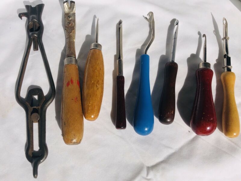 Vintage Lot Rug Making Hooks & Punch Needles Latch Tools Wooden Flooring Tools