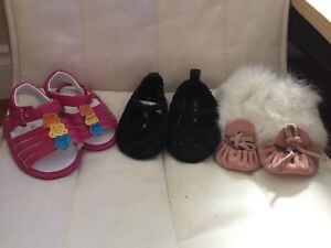 3-6 & 6 month size baby shoes