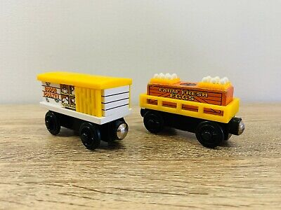 Chicken Egg Car Sounds - Thomas the Tank Engine & Friends Wooden Railway Trains