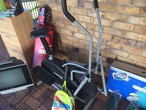 Powertrain Elliptical Cross Trainer/Exercise Bike Burpengary Caboolture Area Preview