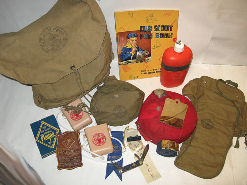 Vintage Mixed Lot of BOY SCOUTS /CUB SCOUTS Yucca Canvas Backpack Camping & More