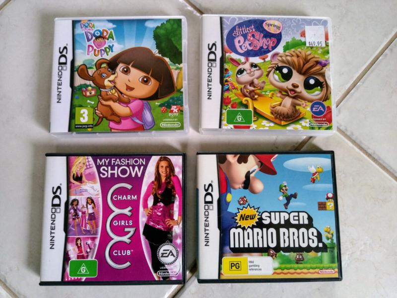 Nintendo DS Super Mario Bros, Dora The Explorer and 2 others