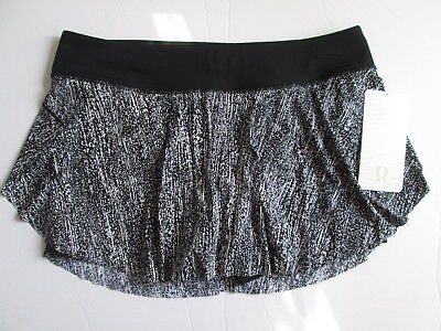 NWT Lululemon Quick Pace Skirt Built In Shorts AIRT Airtime Black White sz 10