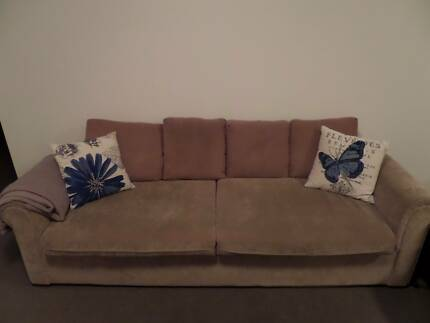 Comfortable couch Queenscliff Manly Area Preview