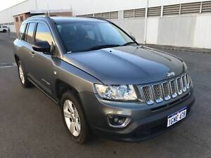 2012 Jeep Compass SUV, MANUAL, LOW KMS
