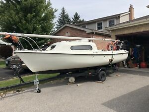 17' Siren Sailboat with Trailer and Motor!