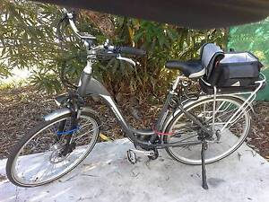 Powerider electric bike back pain forced sale...15 amp batterie Carrara Gold Coast City Preview