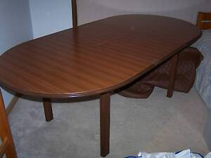 6/8 SETTING DINING TABLE East Kurrajong Hawkesbury Area Preview