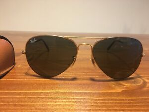 Ray Ban Aviator sunglasses with case