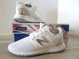 Brand New! New Balance 247 classic white/silver US8 Womens Windaroo Logan Area Preview
