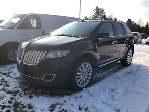 2014 Lincoln MKX AWD/PANO-SUNROOF/NAVI/HEATED LEATHER/BLIND SPOT