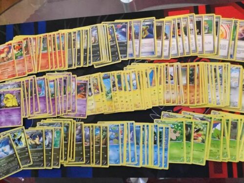 Pokemon 50 Karten Sammlung mit 5!! Glitzernden Reverse Holo, ALLE DEUTSCH!!