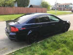 Acura tl 2005 low kms sell asap