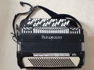 Accordion Paramount