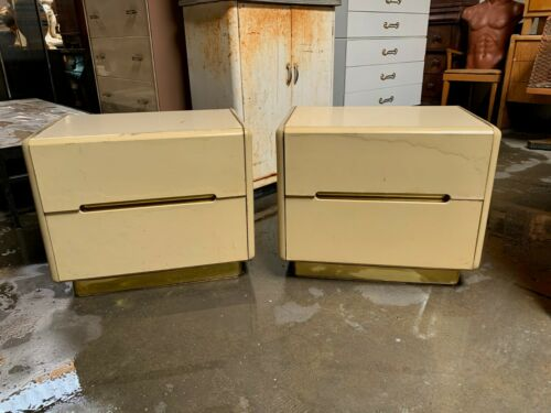 Pair of Vintage 2-Drawer Lane Nightstands in Cream Lacquer and Brass Accents