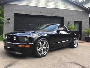 2008 Mustang GT convertible - impeccable - low mileage - manual
