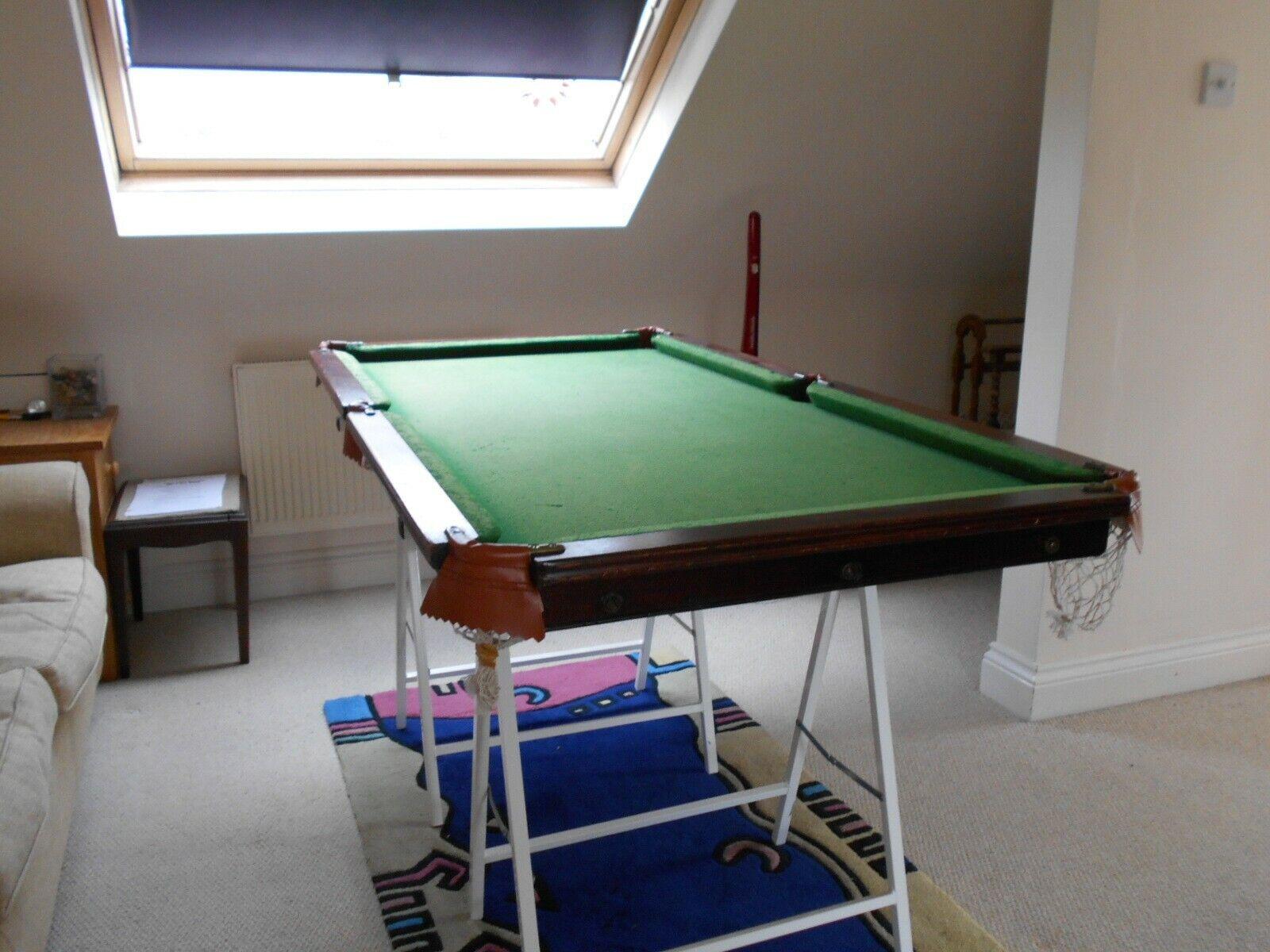 Vintage Riley tabletop snooker table5'5 x 2'10