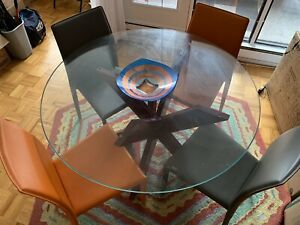 Pier 1 dining room table, 4 chairs and mat