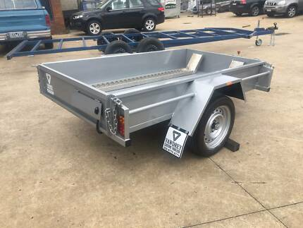7x4 Box Trailer with Removable Channels