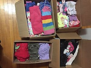 4 boxes girls clothes (6-18months)