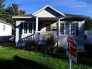 Maison - à vendre - Saint-Jérôme - 26849018