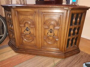 Antique credenza/record player/radio
