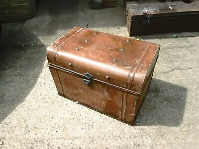 Antique traveling trunk