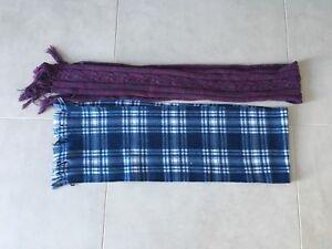 2 women's scarves - foulards pour femmes