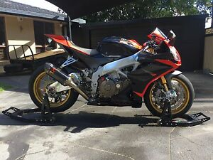 Aprilia in gold coast region qld cars vehicles gumtree 2013 aprilia rsv4 factory mudgeeraba gold coast south preview fandeluxe Image collections