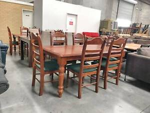 CLEARANCSE SALE -TODAY DELIVERY 7 pcs SOLID WOOD Dining table set