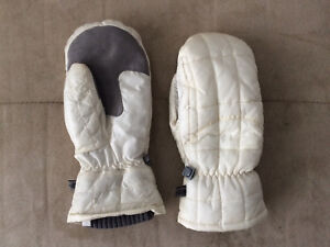 Women's North Face mittens