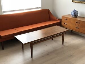 Finn Juhl 500 series coffee table