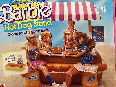 1987 MATTEL BARBIE HOT DOG STAND PLAY SET #4463 NEAR COMPLETE FAIR BOX
